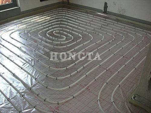 家用地暖安装示意图:铺地暖管