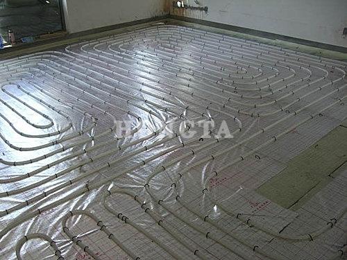 家用地暖安装示意图:客厅施工